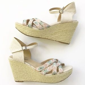 Lucky Brand Wedge Sandals Size 7 Aztec